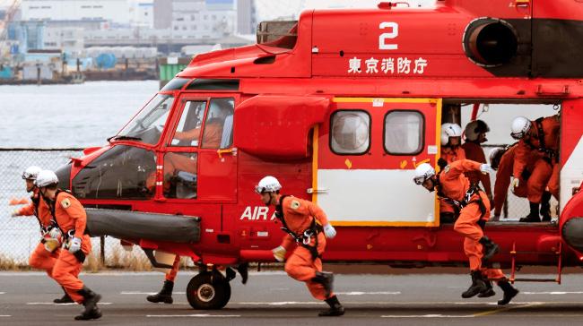 東京出初式に現れた航空消防の専門部隊「エアハイパーレスキュー」に新たな期待、沸く!