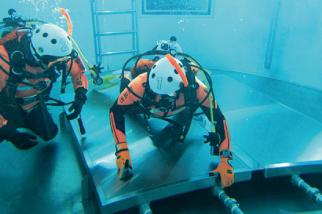 潜水訓練用プール
