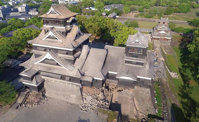 被害を受けた熊本城